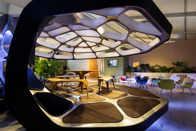 VOLU Dining Pavilion at Design Miami. Image Courtesy of Revolution PreCraft