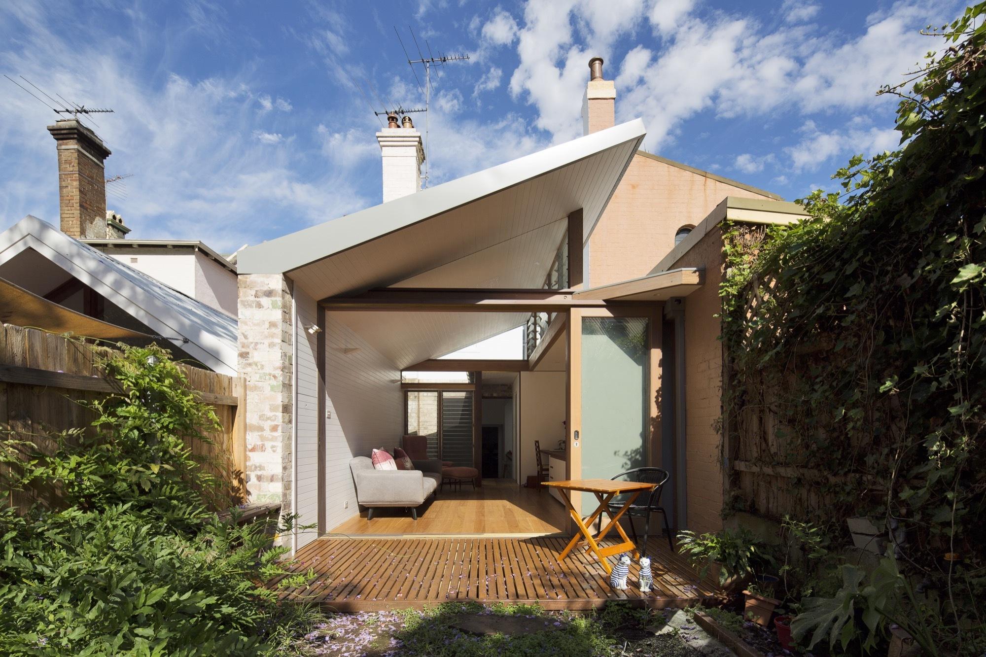 Petersham Courtyard House  Adriano Pupilli Architects