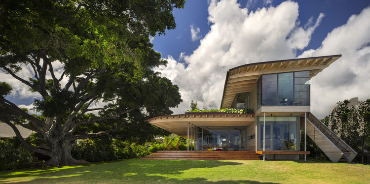 Custom Housing: Island Residence; Honolulu / Bohlin Cywinski Jackson. Image Courtesy of AIA