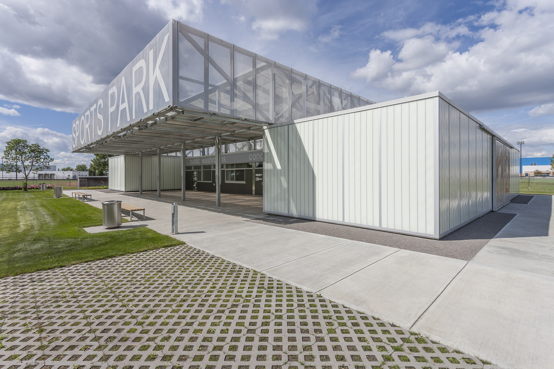 John Fry Sports Park Pavilion / The Marc Boutin