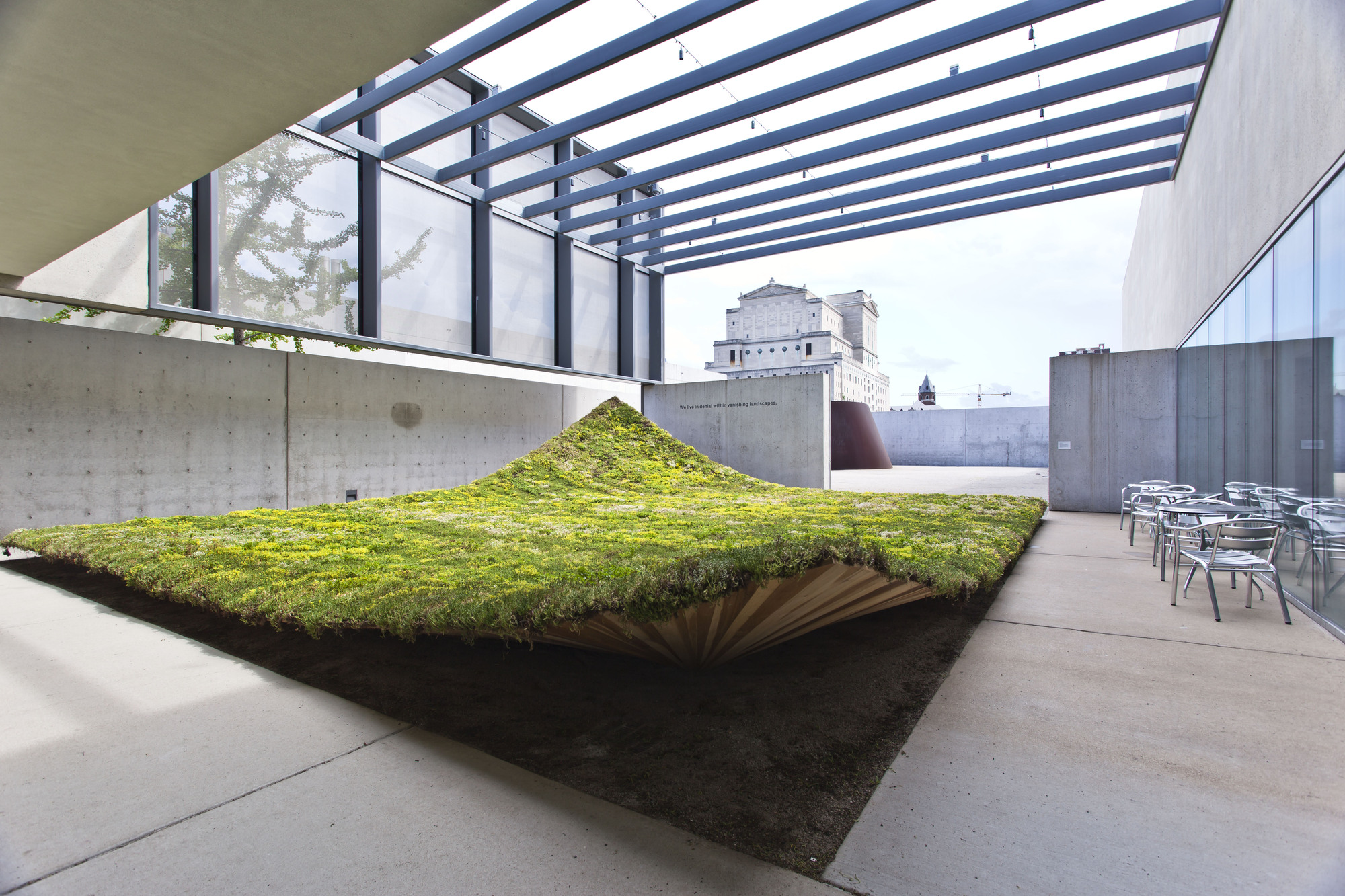 Green Varnish Nomad Studio Archdaily