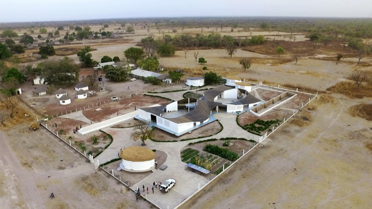 Thread: Artist Residency and Cultural Center, Sinthian, Senegal, Toshiko Mori Architects. Image Courtesy of The Aga Khan Award for Architecture