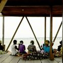 Makoko Floating School, Lagos, Nigeria, NLÉ - Shaping the Architecture of Developing Cities / Kunlé Adeyemi. Image Courtesy of The Aga Khan Award for Architecture
