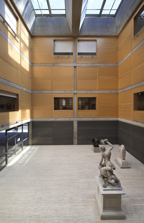 Louis Kahn' Yale Center British Art