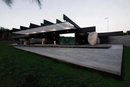 Mestizo Restaurant. Image Courtesy of Smiljan Radic