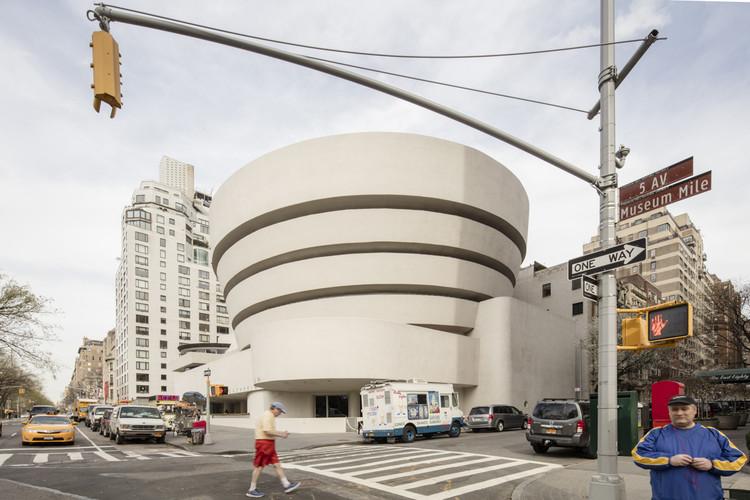 Gallery: Frank Lloyd Wright's Solomon R. Guggenheim Museum by Laurian Ghinitoiu, © Laurian Ghinitoiu