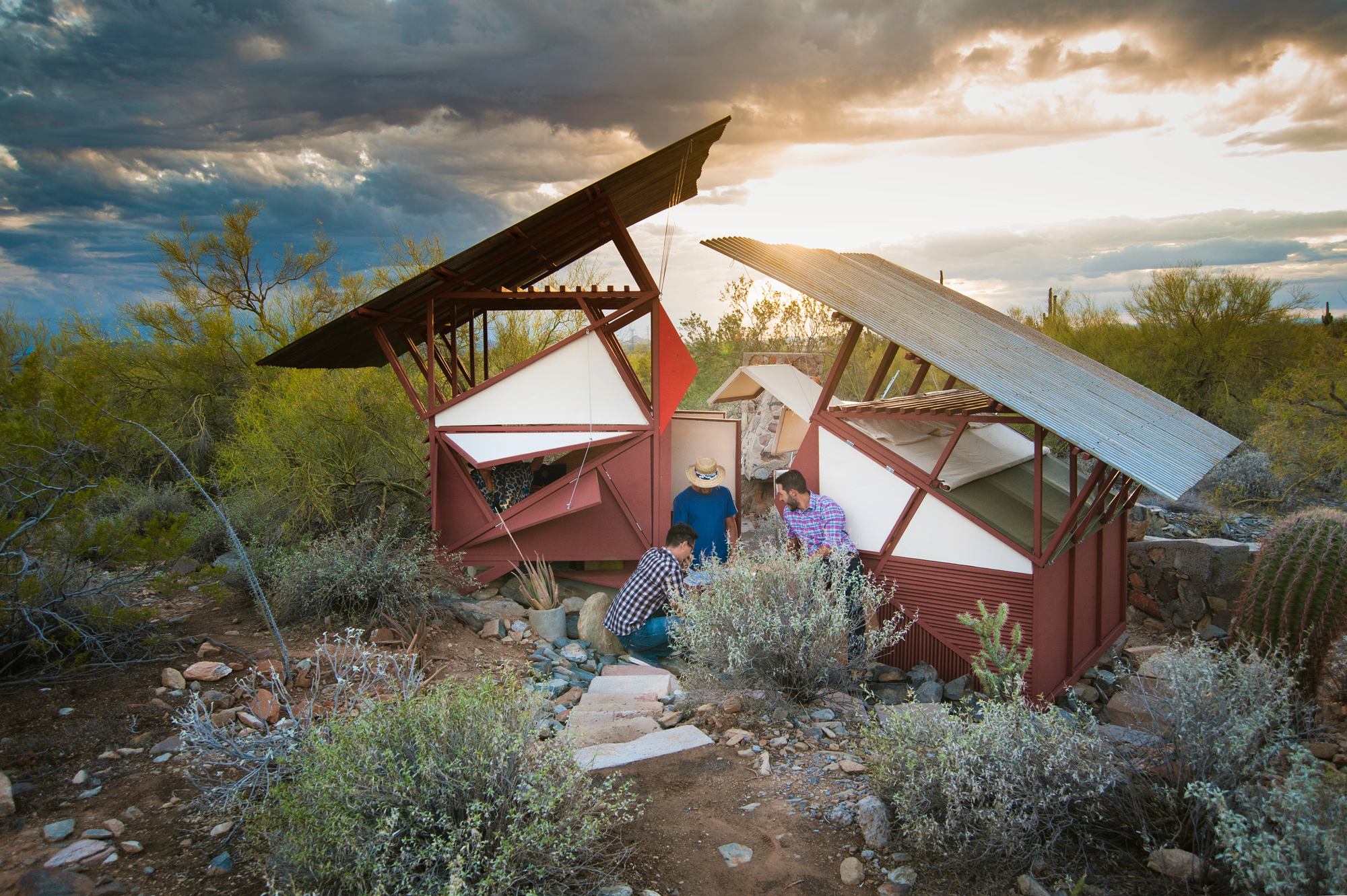 Architecture Students From Taliesin West Learn Survival