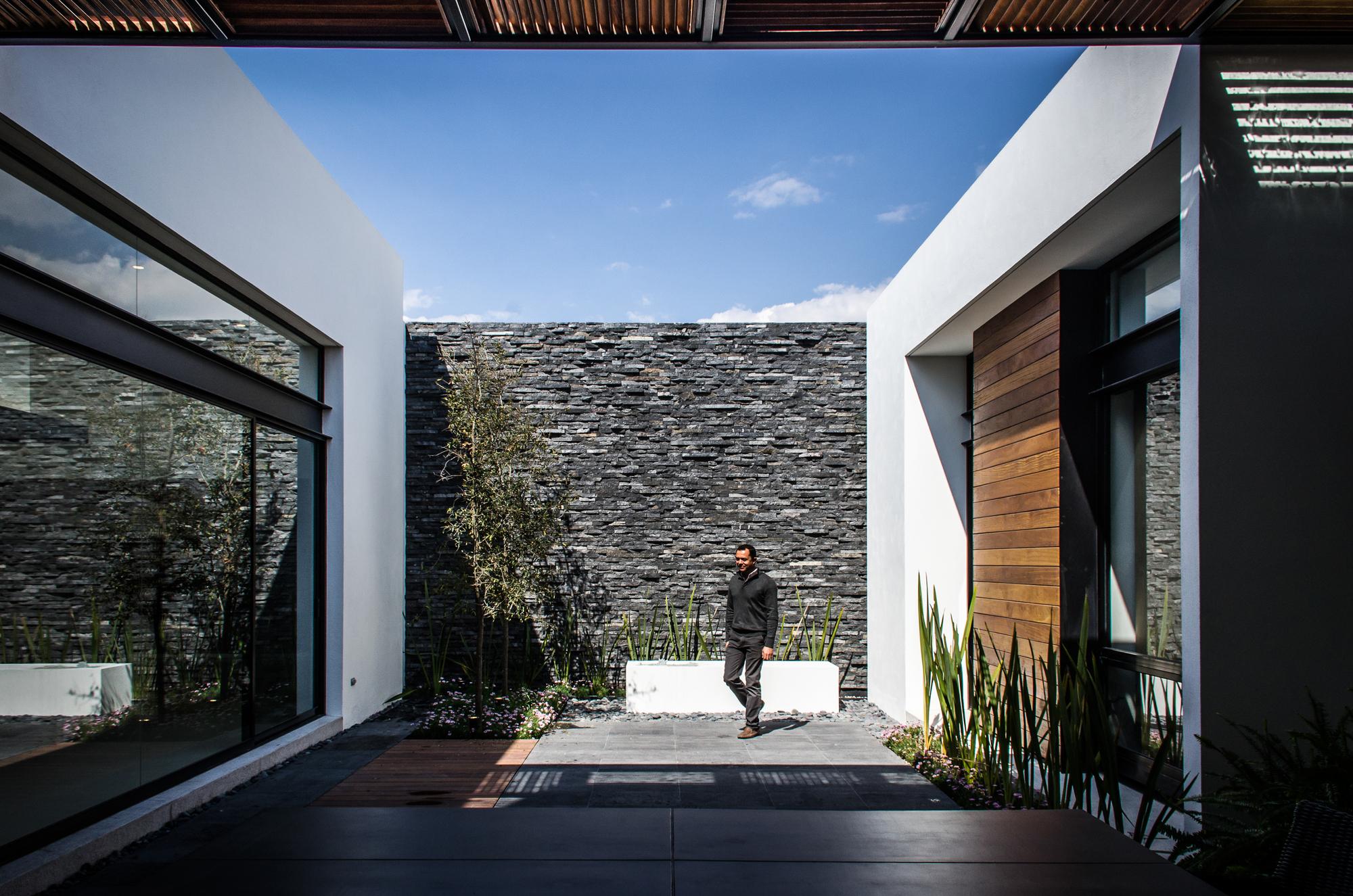 Casa AGR  ADI Arquitectura y Diseo Interior  ArchDaily