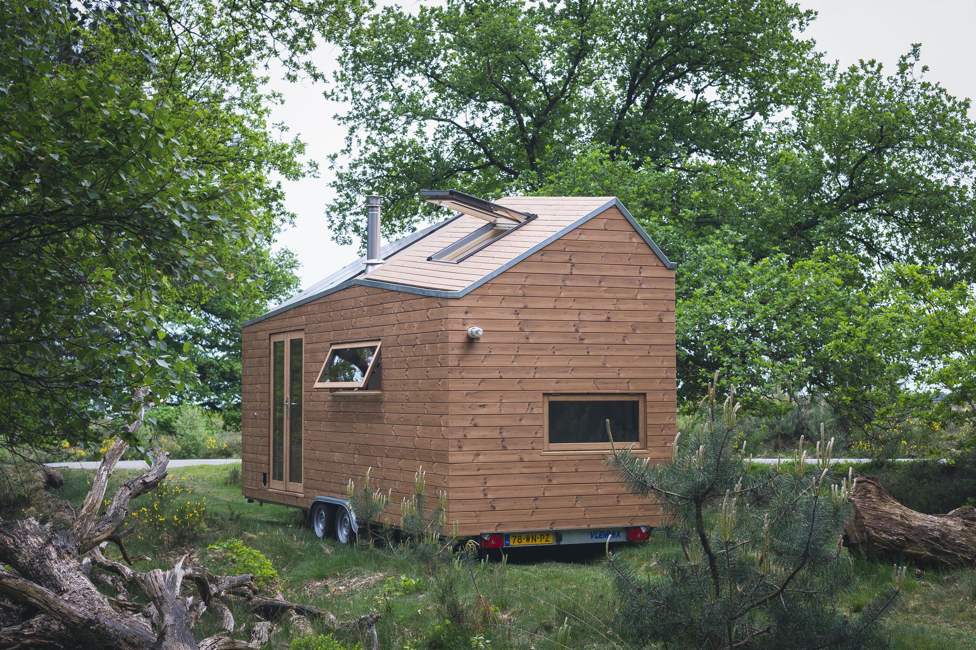 Contemporary Tiny House Walden Studio Archdaily