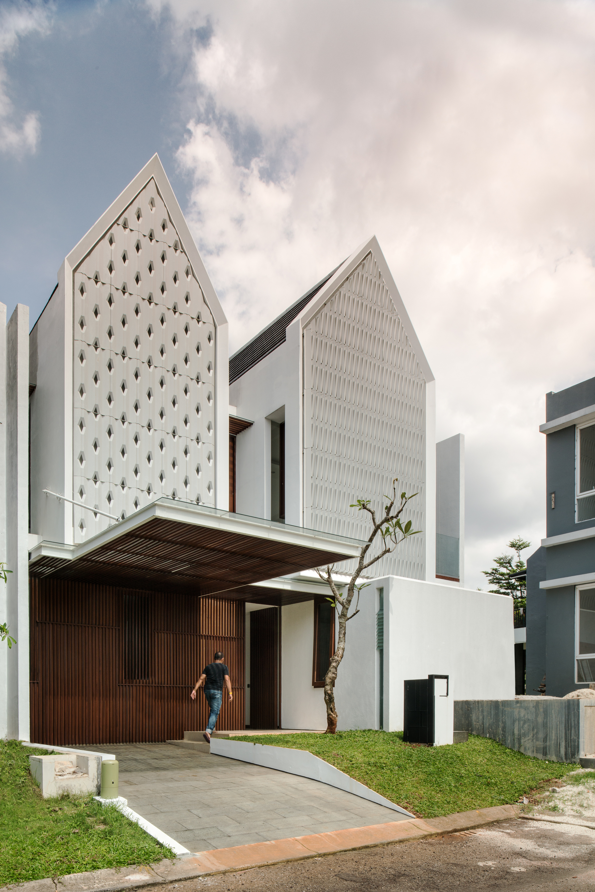 Spouse House  Parametr Indonesia  ArchDaily