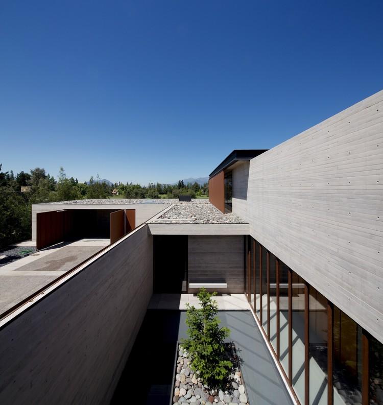 Casa em Linderos / Cristian Hrdalo | ArchDaily Brasil