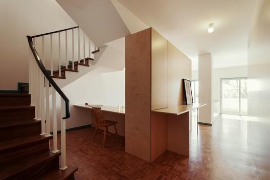 BdR_033_Foto_06%C2%A9domalomenos Apartment on Aveiro Street / Branco-delRio Arquitectos Architecture