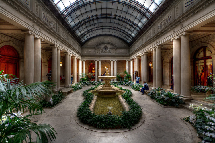 Frick Collection Taps Selldorf Architects to Design Major Museum Expansion, A view of the museum's interior courtyard.. Image © flickr user gorbould. Licensed under CC BY-NC-ND 2.0