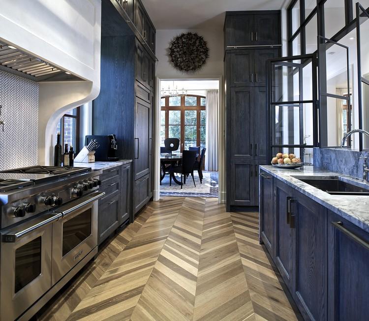 """The Prado"" designed by Joel Kelly, Joel Kelly Design, Atlanta, GA. Second Place award for Transitional style, 2013-2014 Kitchen Design Contest. Image Courtesy of Sub-Zero and Wolf"