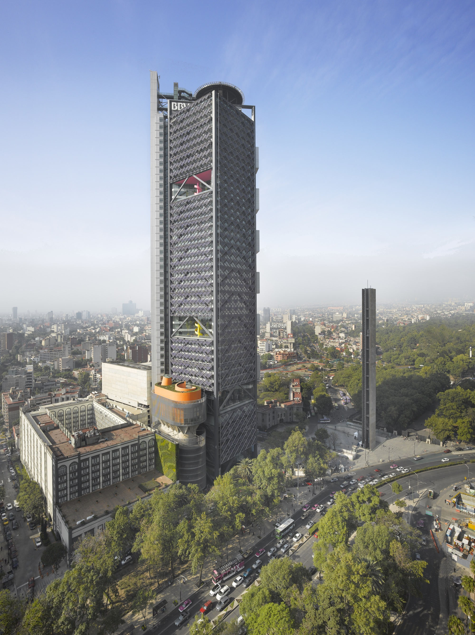 BBVA Bancomer Tower  LEGORRETA  LEGORRETA  Rogers Stirk