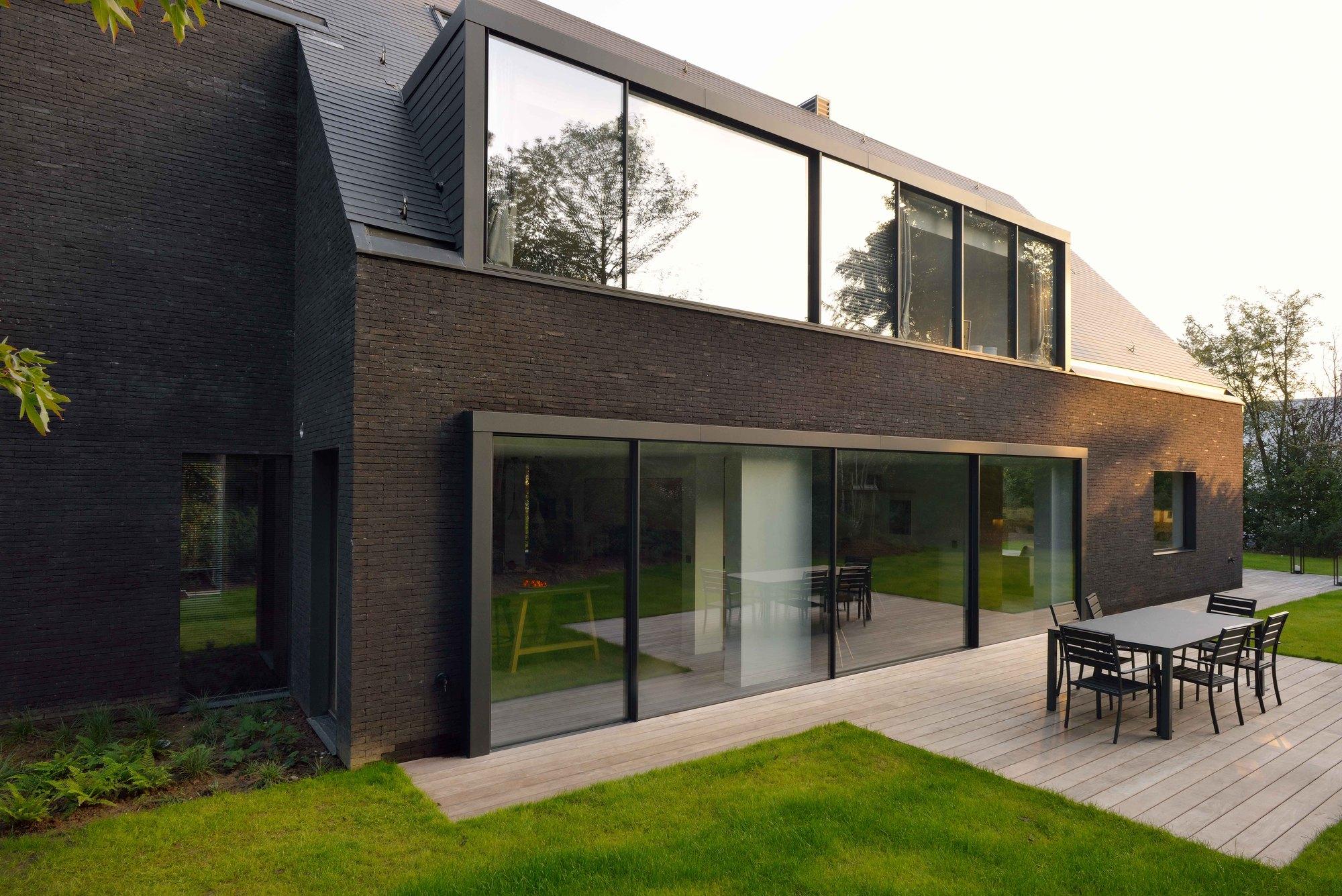 Red Black Brick Modern Houses