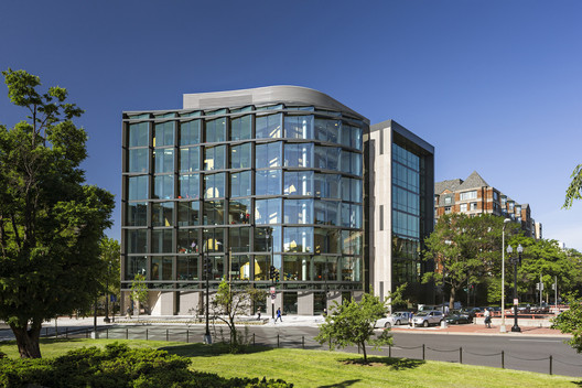Milken Institute School of Public Health / Payette. Image © Robert Benson