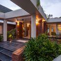 La Casa APEX  Design Buro Architects  Plataforma