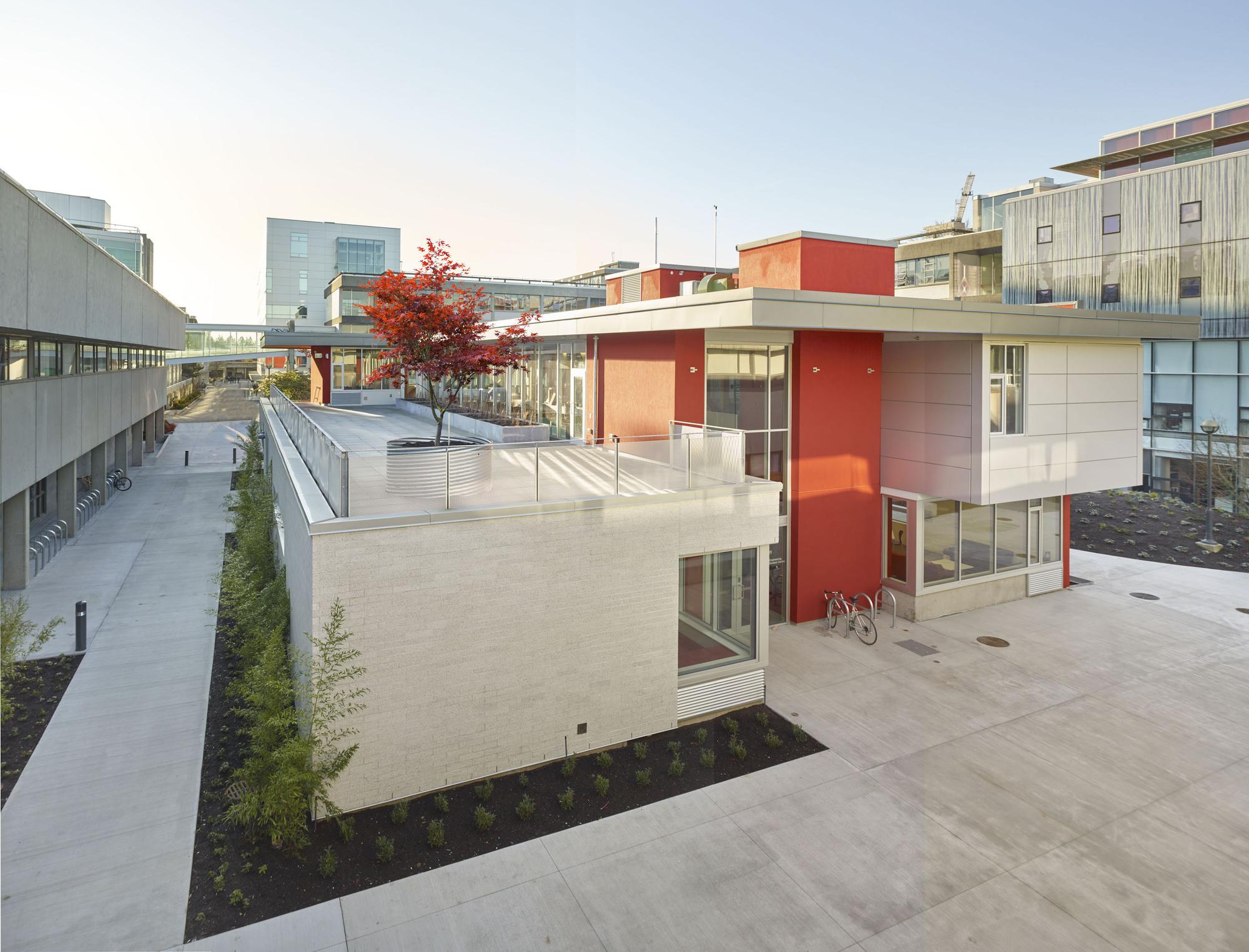 University British Columbia Engineering Student Centre Urban Arts Architecture - 6