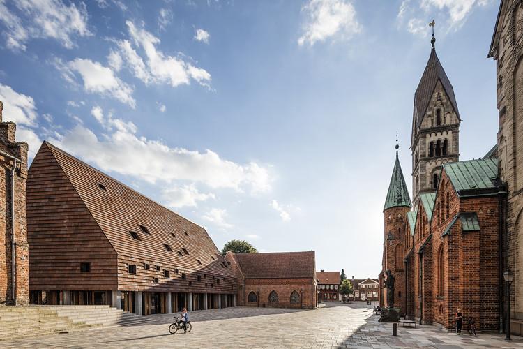 Kannikegården; Ribe, Denmark / Lundgaard & Tranberg Architects. Image © Anders Sune Berg