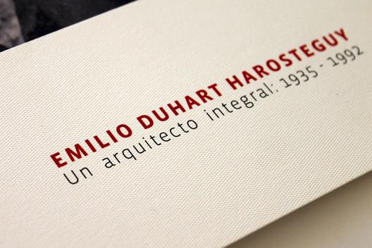 Emilio Duhart Harosteguy: Un arquitecto integral. 1935 – 1992. Fuente: Archivo de Macarena Donoso S. www.proyectovisión.cl. Image © Verónica Esparza S.