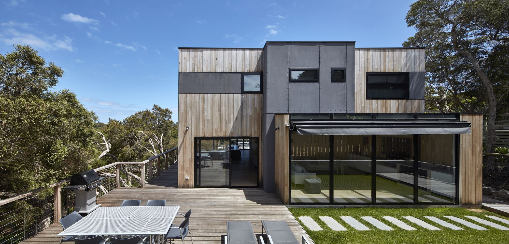 Beach House  DX Architects | ArchDaily