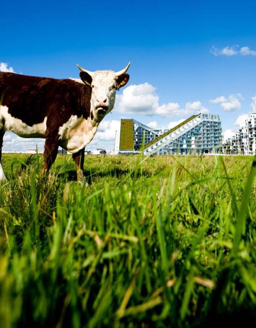 8 House, Copenhagen, Denmark / BIG (Bjarke Ingels Group). Image © Ulrik Jantzen