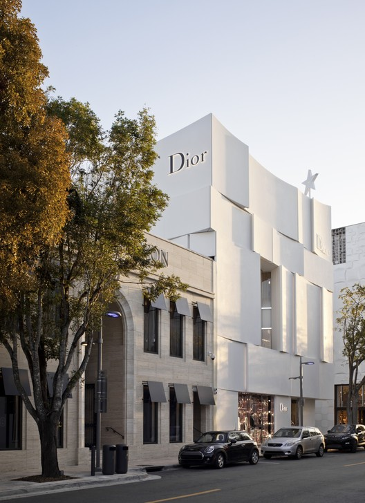 Dior; Miami, U.S.A. / BarbaritoBancel Architects. Image © Alessandra Chemollo