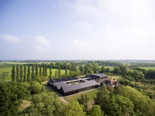 Vajrasana Buddhist Retreat Centre / Walters & Cohen Architects © Will Scott
