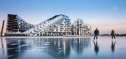 8 House, Copenhagen. Image © Bjarne Tulinius