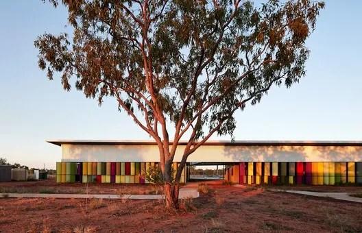 Health: Iredale Pedersen Hook Architects / Fitzroy Crossing Renal Hostel. Image Courtesy of WAF