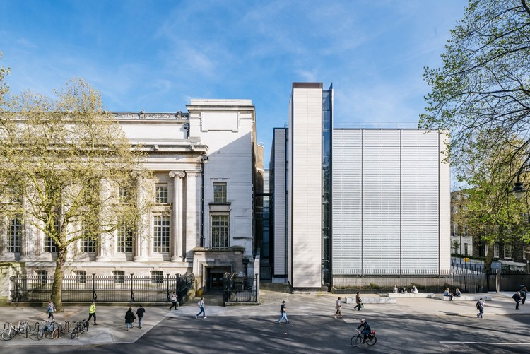 The British Museum World Conservation and Exhibitions Centre / Rogers Stirk Harbour + Partners. Image © Joas Souza