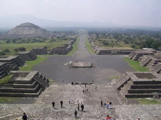 Teotihuacan. Image public domain <a href='https://commons.wikimedia.org/wiki/File:SSA41434.JPG'>via Wikimedia user BrCG2007</a>