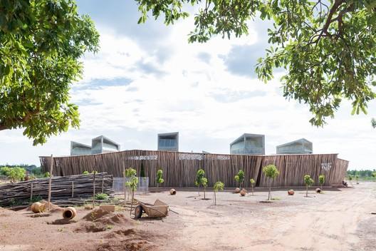 Lycée Schorge Secondary School / Kéré Architecture. Image © Iwan Baan