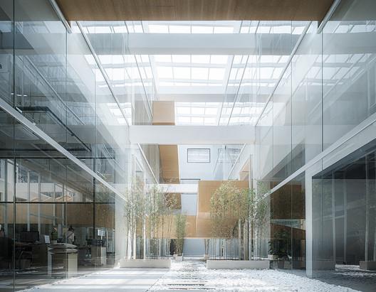 Atrium 1. Image © Qingshan Wu