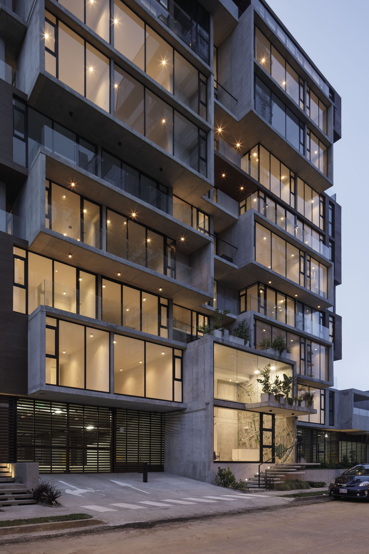 Apartment Building Jsarq - 5