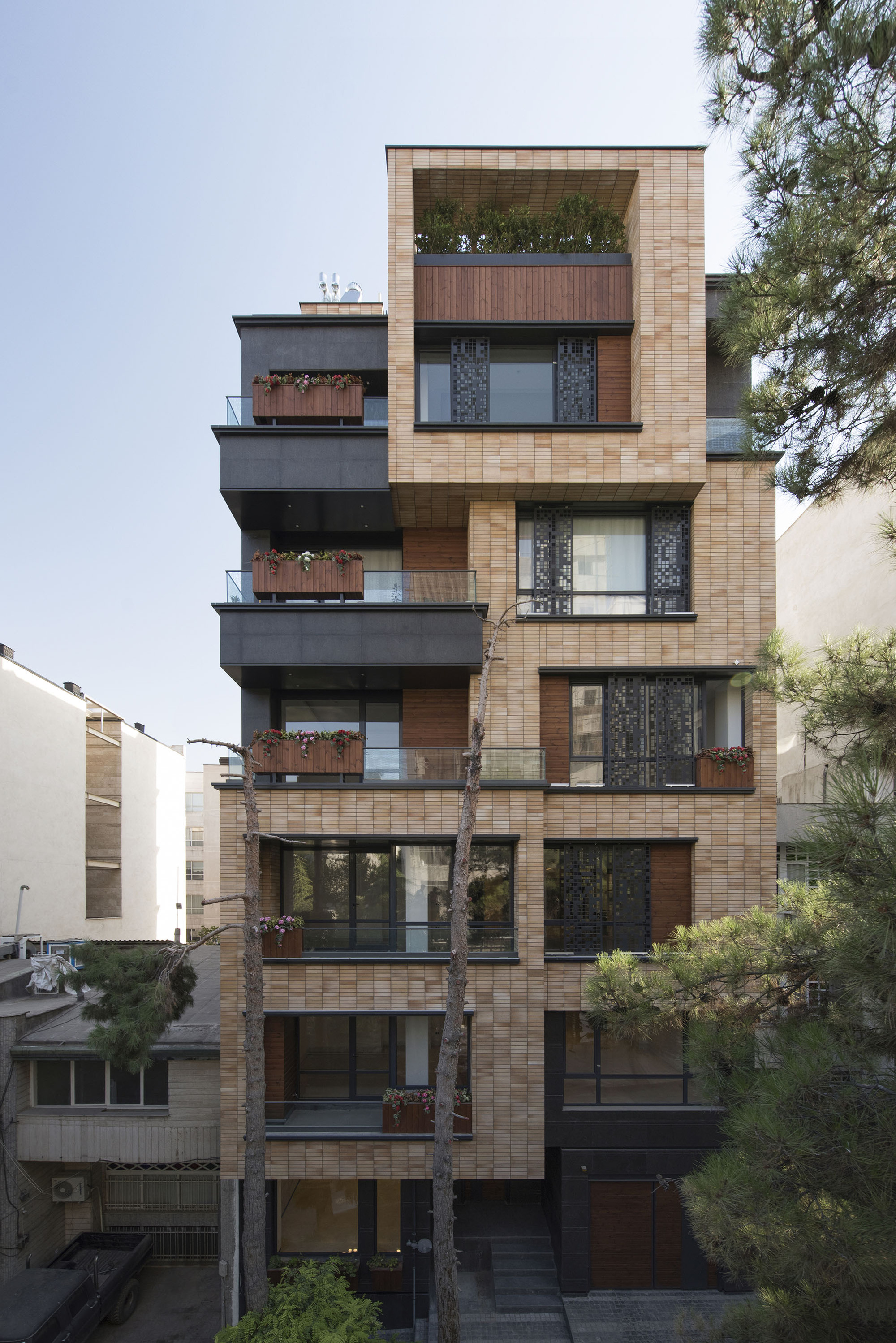 Boostan Apartment Alidoost And Partners Archdaily