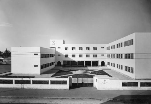 Bialik School, Levinsky Street Tel AvivJaffa, 1930's, Architetc Ya'acov Shiffman Ben Sira. Image © Itzhak Kalter