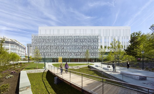 University of Pennsylvania - Stephen A. Levin Building; Philadelphia / SmithGroupJJR. Image © Alan Karchmer