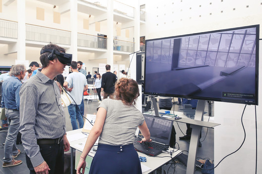 Demonstration at the EPFL ENAC Research Day 2017. Participant exploring immersive scenes produced in collaboration with Dr Siobhan Rockcastle. Image © Alain Herzog / EPFL