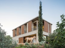 Residência na Galileia / Golany Architects | ArchDaily Brasil