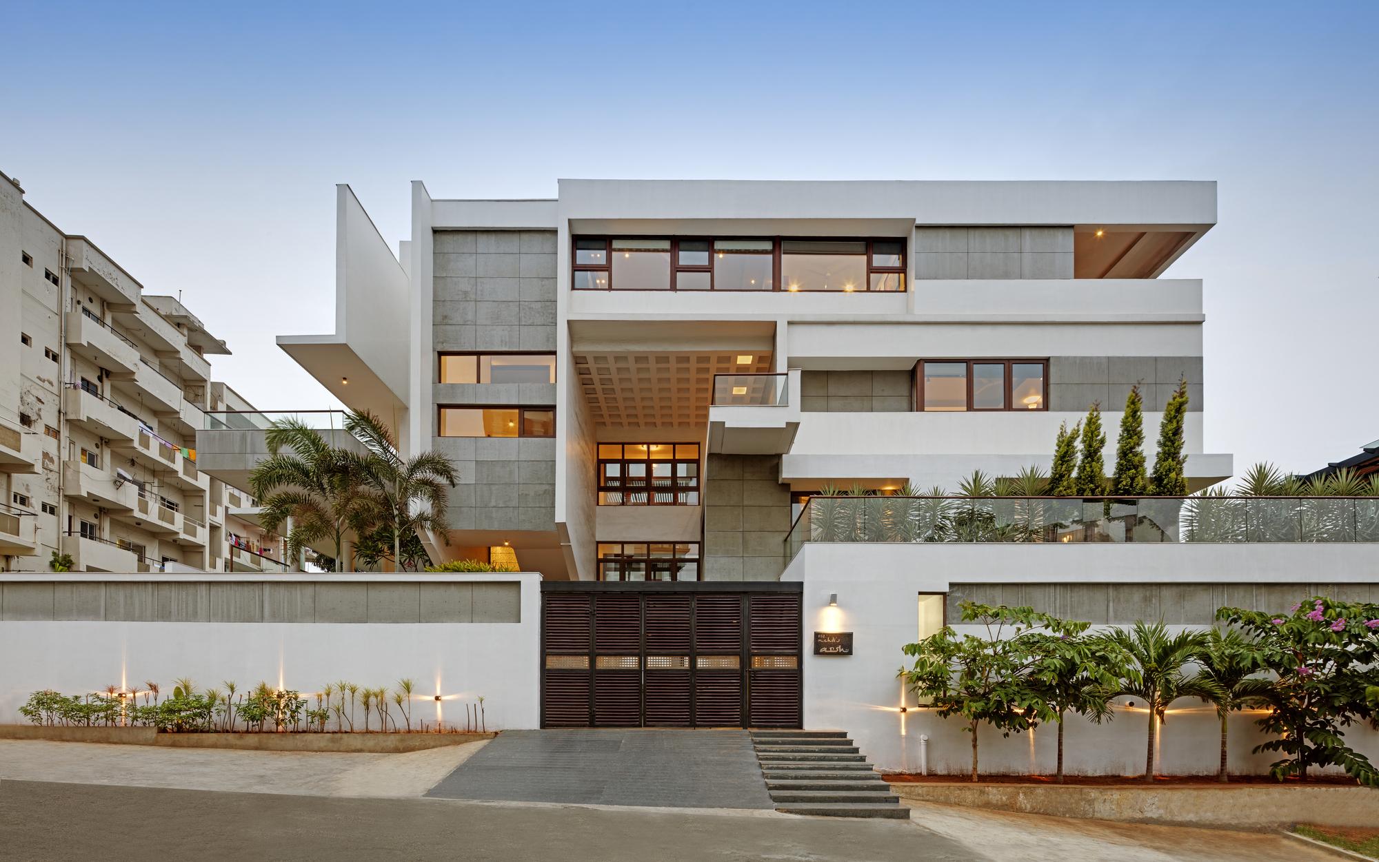 Hks House Sdeg Archdaily