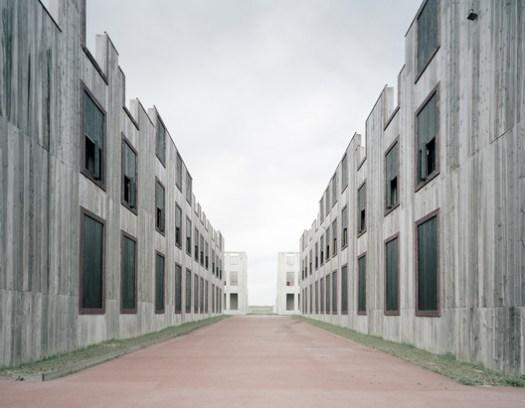 France, Complexe de Tir en Zone Urbaine. Image © Gregor Sailer