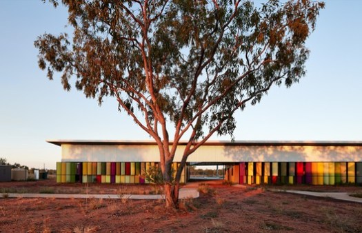 Fitzroy Crossing Renal Hostel; Fitzroy Crossing, Australia / Iredale Pedersen Hook Architects. Image Courtesy of World Architecture Festival