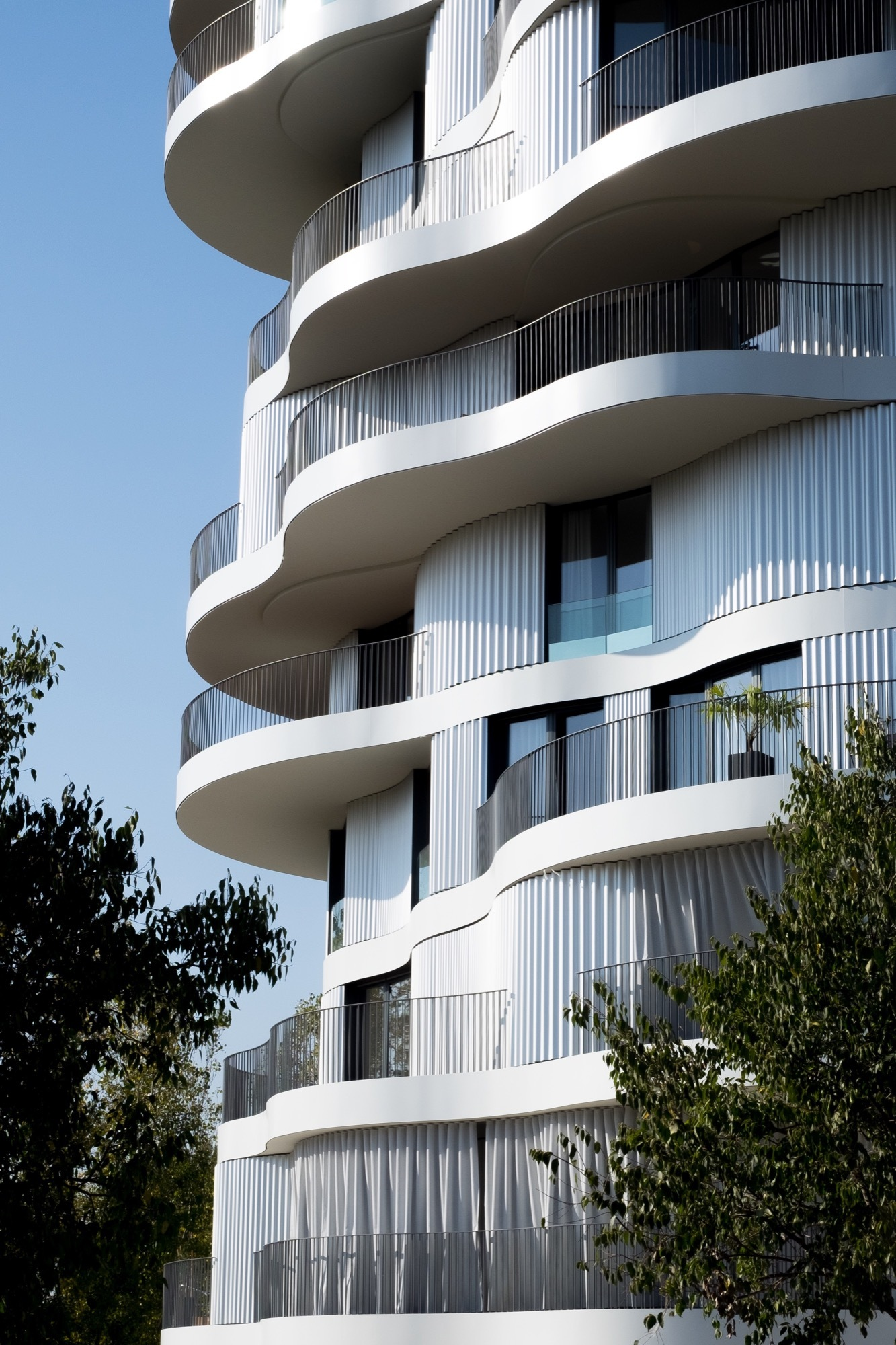 Folie Divine Farshid Moussavi Architecture Archdaily