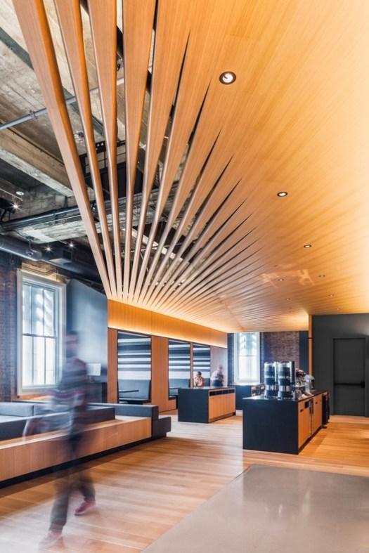Bloomberg Tech Hub (San Francisco, California) / IwamotoScott Architecture. Image Courtesy of Wood Design & Building Awards
