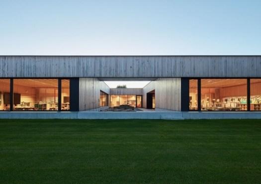 Elementary School Unterdorf Höchst (Höchst ,Vorarlberg, Austria) / Dietrich | Untertrifaller Architekten. Image Courtesy of Wood Design & Building Awards