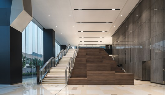 DSC01509 The New Bund World Trade Center - Phase 1 / Benoy Architecture