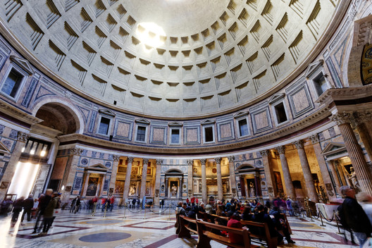 The Pantheon in Rome. Image © <a href='https://www.flickr.com/photos/80038275@N00/14984463972'>Flickr user Michael Vadon</a> licensed under <a href='https://creativecommons.org/licenses/by/2.0/'>CC BY 2.0</a>