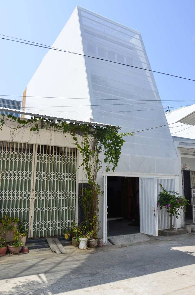 Small House In Nha Trang Chơn A Building Of The Year 2019